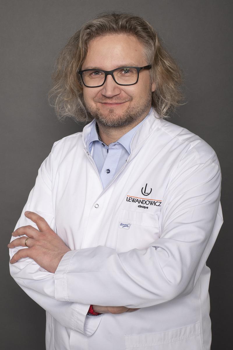 P LewandowiczM - dr n. med. Michał Lewandowicz